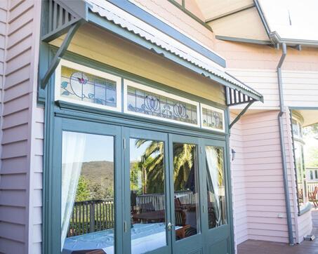 Daylesford-Window-Canopy-1-small